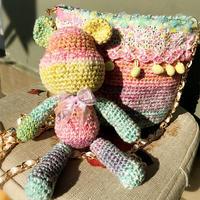 送姑娘们的六一节礼物 钩针彩虹小熊及包包