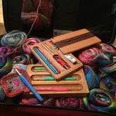 深爱木工与编织的两人擦出创意火花打造各式编织工具组