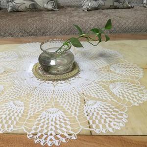 精致钩针蕾丝小圆桌布
