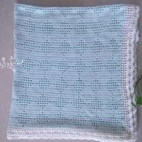 浅蓝色田园风菱格花样钩针毯子