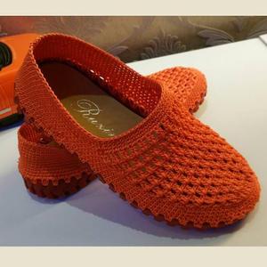 男女老幼都适合的时尚空心线钩针凉鞋