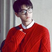 时尚年轻男士毛衣 TFboys组合队长王俊凯大牌毛衣欣赏