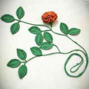 精致漂亮钩针康乃馨植物项链编织图解