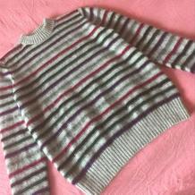 细针细线编织男士貂绒圆领条纹毛衣