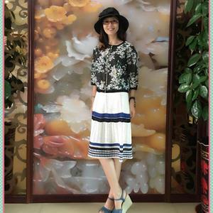 精致洋气蓝白条纹女士钩针半裙(毛线球同款)