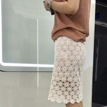 一线钩花女士钩针白色拼花裙
