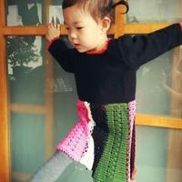 儿童拼色钩织结合彩虹连衣裙