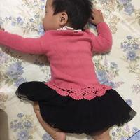 萌宝蕾丝花边领钩织结合套头毛衣
