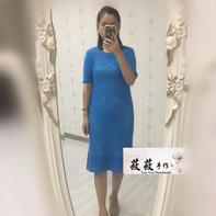 云侣女士棒针镂空花短袖羊毛连衣裙