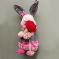 原创钩针段染蕾丝小兔编织图解