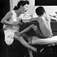 织女妈妈们每天晚上在重复做这2件事,你一定经历过!
