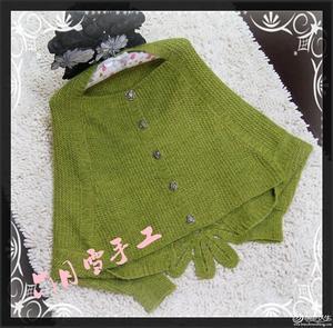 青草绿色显瘦披肩款蝙蝠衣