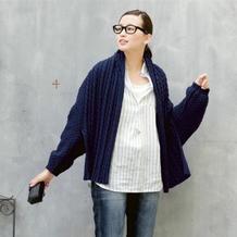 新手也可以轻松织的女士棒针麻花披肩式外套毛衣