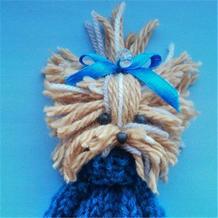 少量毛线轻松做可用于围巾毛衣发饰的可爱狗狗装饰