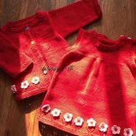 那些花儿 红艳艳的女童棒针套裙(背心裙+开衫)