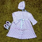 4股棉鉤針編織嬰兒禮服套裝(禮服裙、嬰兒帽、寶寶鞋)