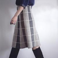 优雅实用女士棒针格纹中长款A字裙编织图解