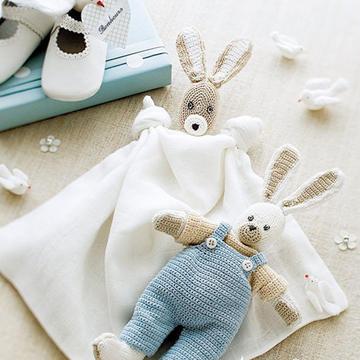 英国又要添王室宝宝 用毛线亚博娱乐官网迎接新生儿的创意礼物