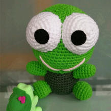 女儿的青蛙王国又添新成员 钩针大眼青蛙编织图解