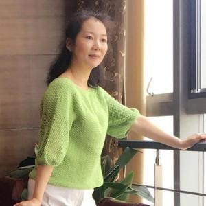 草木绿小清新女士钩针中袖套衫
