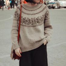 未央 复古风彩点粗针织女士棒针圆肩提花衣