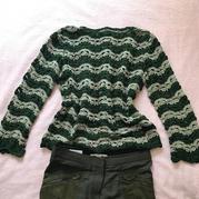 颜色不同风格不同新手也易完成的女士春夏钩针休闲长袖套头衫
