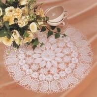 超美的钩针立体花蝴蝶蕾丝桌布编织图解