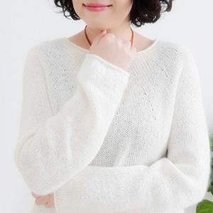 懒春 从上往下织轻薄女士棒针马海毛衣
