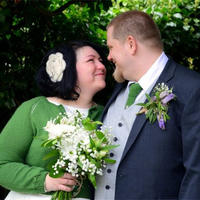你可以任性的决定自己的婚礼,且玩个毛线吗?
