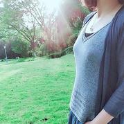 凉夏 简约显瘦女士棒针V领背心
