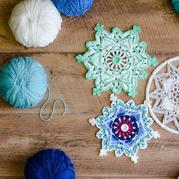 澳洲妈妈以炫丽色彩完美呈现热爱的钩编 Starflake星形雪花图文编织教程