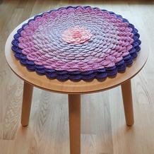 居家编织饰品 钩针连环座垫与莲花座垫