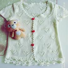 四岁女童棒针心型镂空花短袖开衫