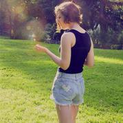 不用太多,学会这一招 这个夏天轻松拥有一款合身热裤