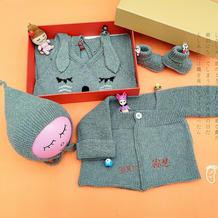 手工编织萌可爱棒针婴儿套装(帽子、背带裤、开衫及宝宝鞋)