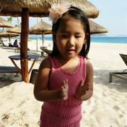 旅行一圈就能完成的热辣美裙 超简单的儿童棒针背心裙