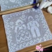 3股缝纫线钩针编织蕾丝垫巾