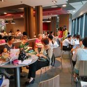 这些织女用好书织机佳作共度七夕节  奔驰娱乐广州群主题编织小聚