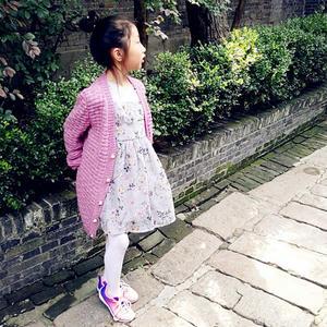 水晶  简单好织女童棒针阔形外套开衫毛衣