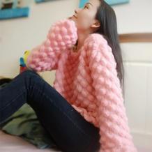 箴言 仙气十足女士棒针立体花样微喇袖马海毛衣
