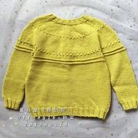 想织帽子却织成毛衣 随心所衣从上往下织芥黄色男童棒针毛衣