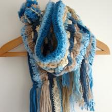 毛线粗细不同不用怕,教你用各式毛线混搭,编织西米亚风围巾!