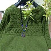 简单好织女士棒针横织毛衣