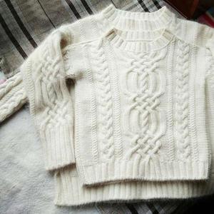 茭白 羊毛兔毛混织棒针阿兰花样亲子毛衣