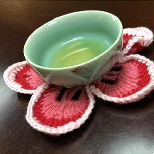 盛开的木棉 巧手钩编花朵造型小杯垫