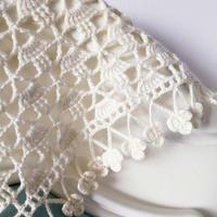 初愛 第一次一針沒拆就可以鉤完的好織好看鉤針三角花朵流蘇披肩
