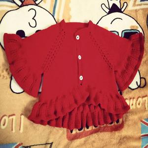甜美可爱宝宝棒针荷叶边开衫小毛衣