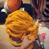 借爆款探索韩国冰岛毛是什么?选购毛线应保持什么样的姿势
