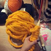 借爆款探索韓國冰島毛是什么?選購毛線應保持什么樣的姿勢