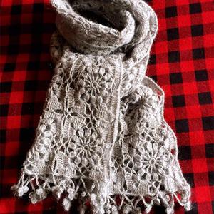 美美的围巾 女士钩针马海丝羊绒流苏拼花围巾